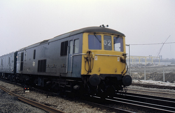 Mainline Railway Locomotive Pictures and Images